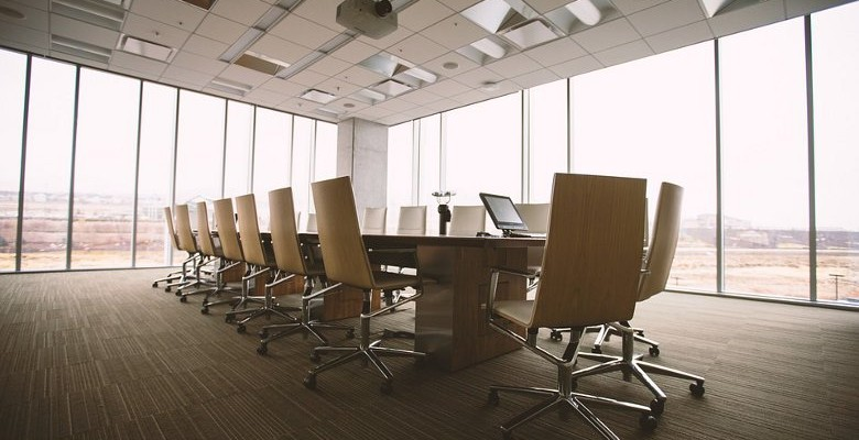 Effet de seuil en entreprise : quelles obligations légales au-dessus de 10 salariés ?