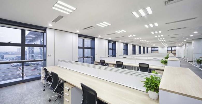 Eclairage professionnel : quels sont les avantages des dalles LED ?