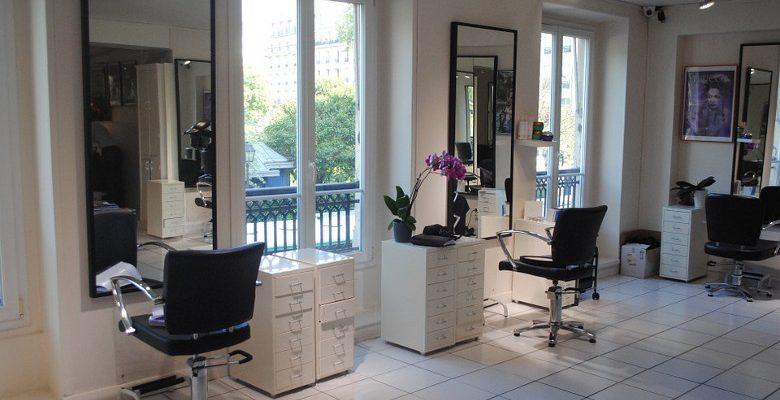 Développer la notoriété d'un salon de coiffure grâce au référencement naturel