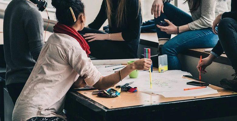 Services Sociaux en Entreprise : performance & bien-être au travail
