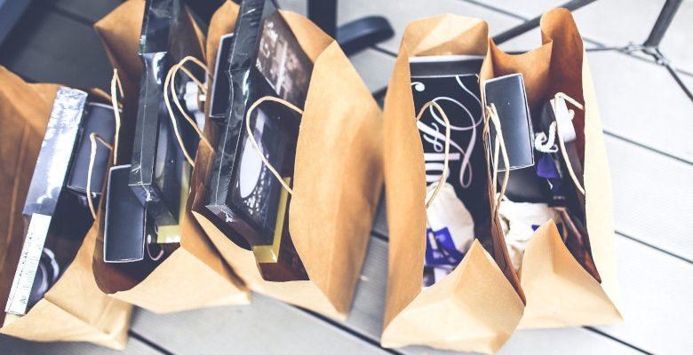 Les différents types de sacs publicitaires : quels sont les critères de choix ?